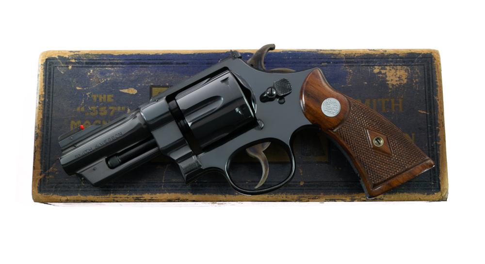 "Smith & Wesson 3 1/2"" .357 Non Registered Magnum ANIB"